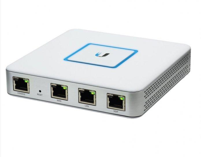 Ubiquiti Unifi – Security Gateway vs. Ubiquiti Unifi – Security Gateway Pro-4